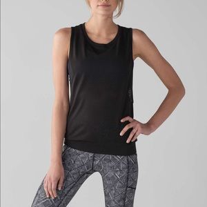 Lululemon feel the Breeze on your skin Size XS